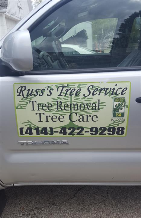 Russ's Tree Service - Tree Service - Muskego, WI - Thumb 1